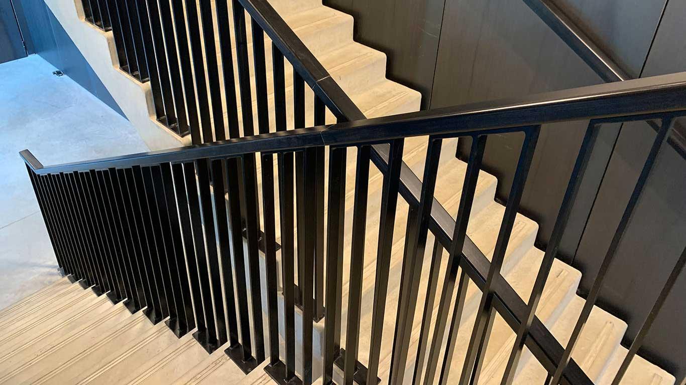 Laugel et Renouard chantier escalier théâtre le maillon
